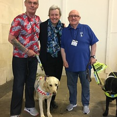 MG pic Guide Dogs